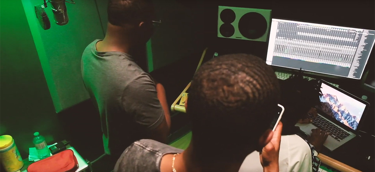 Toronto group STUHQ release fresh visuals for Big Big