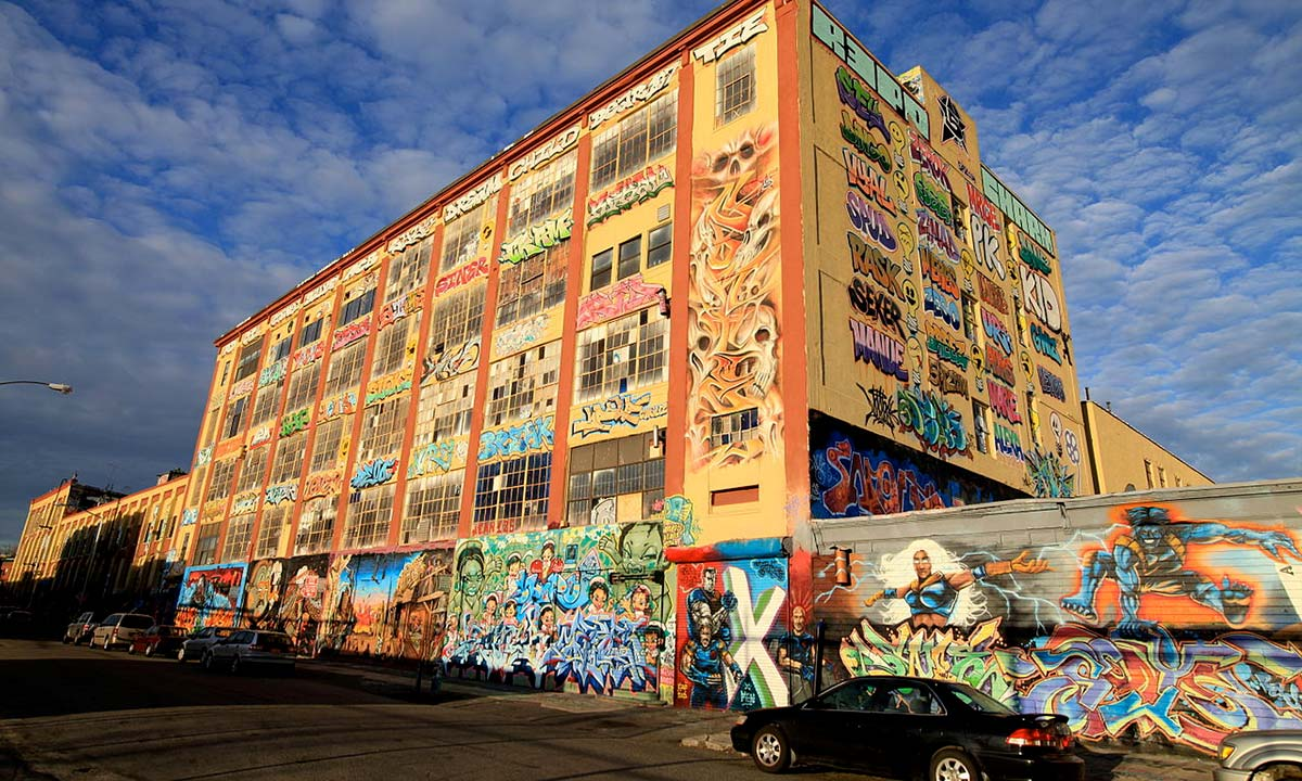 Photo of the famous 5 Pointz building in NYC