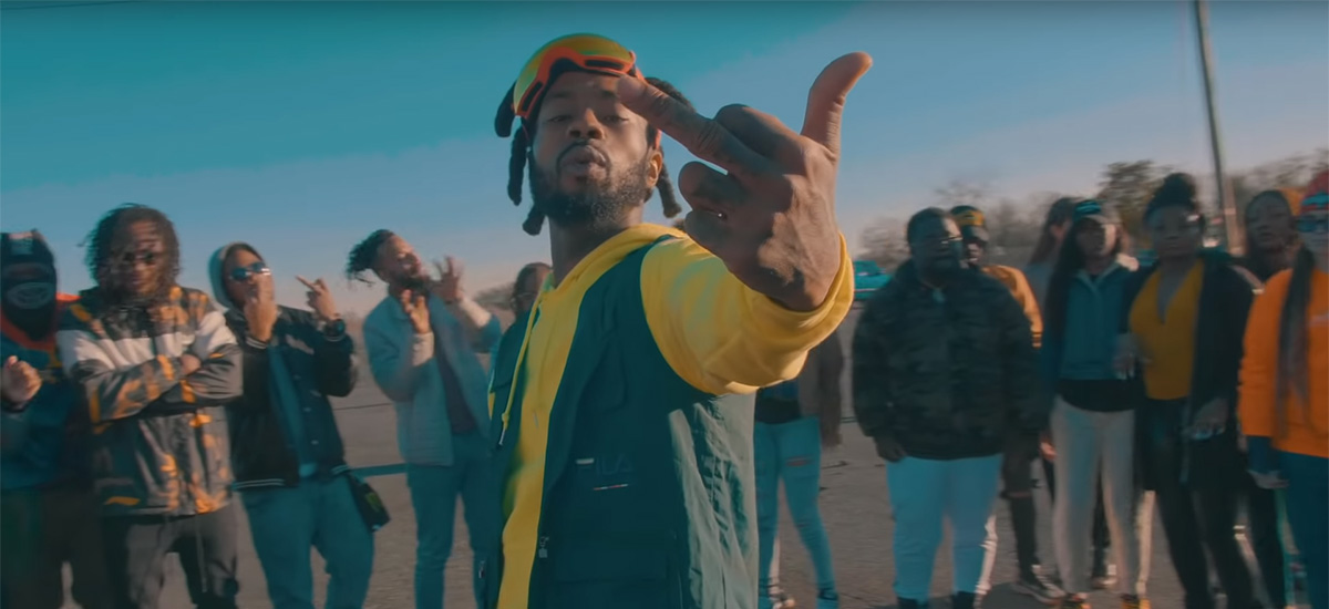 CultRap: Deniro Farrar is Stuck For The Bag in Amelia-directed video