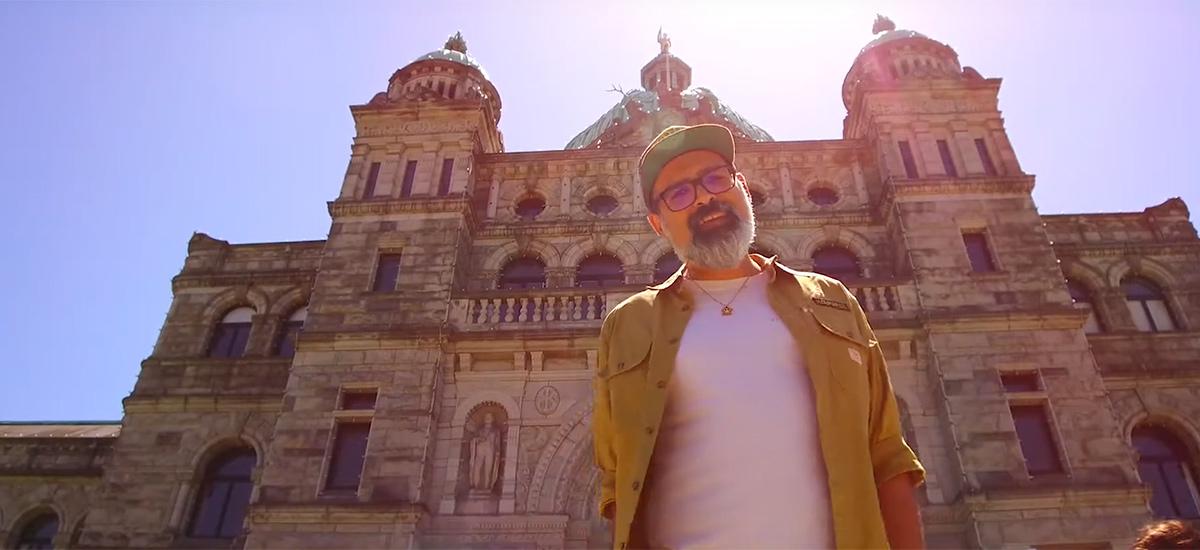 Mo Moshiri releases Wake Up video in advance of new album