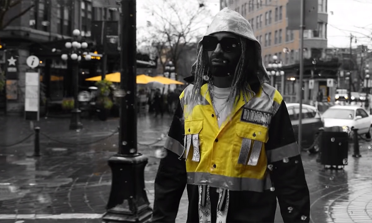 Eazy Mac in the Gastown music video