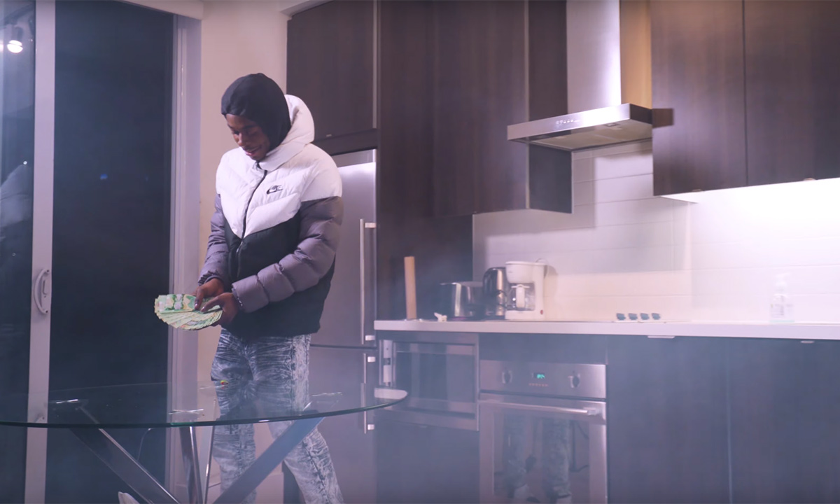 Kaydoe in the TrapStar video