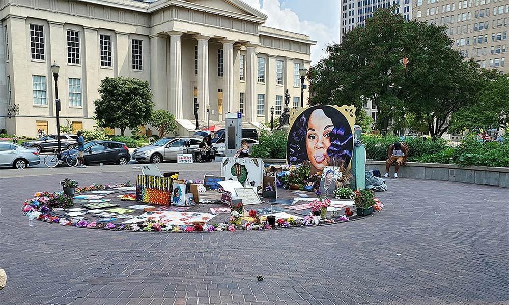 Breonna Taylor Memorial in Jefferson Square in Louisville, KY