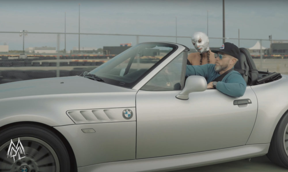 Scene from the Sycho Sid video